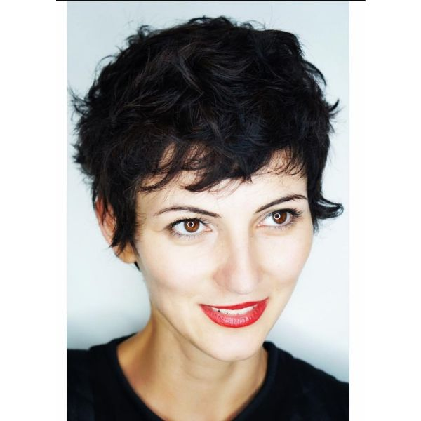 Playful Cute Short Pixie Hairstyles For Women